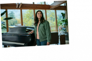 Auli I Cravalho Is Here To Make You Cry In Netflix S All Together Now Trailer Me And My Lifestyle Blog